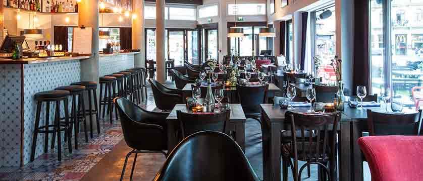 Hotel Pointe Isabelle bar/restaurant